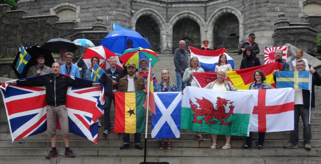 flags wwfm geocaching flash mob